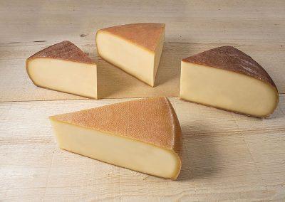 Raclette de la fromagerie Monnin à Chantrans dans le Doubs